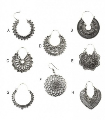 Silvered ethnic earring - BESD